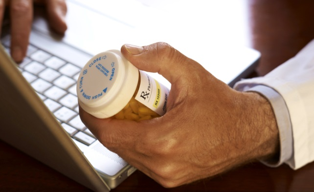 Seminar: Protecting Patients from Falsified Medicines Online