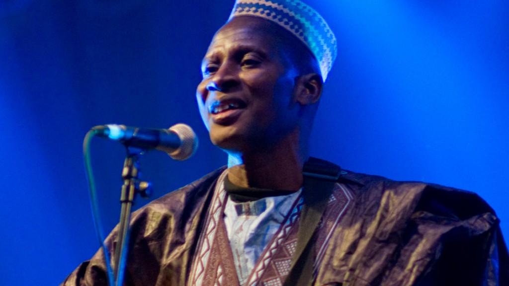 Message de Sidi Touré sur les médicaments de la rue